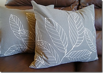 pillow leaves